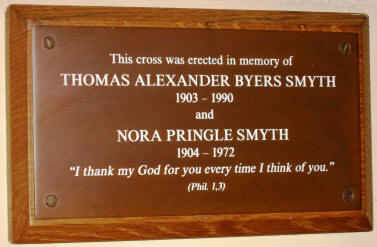 Plaque commerating a cross erected in memory of Thomas Alexander Byers Smyth & Nora Pringle Smyth